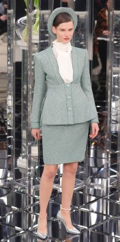 012417-chanel-couture-6