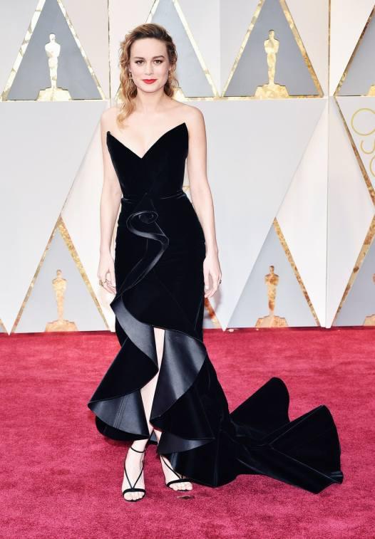 Brie Larson in Oscar de la Renta with Neil Lane diamonds and Aquazzura sandals