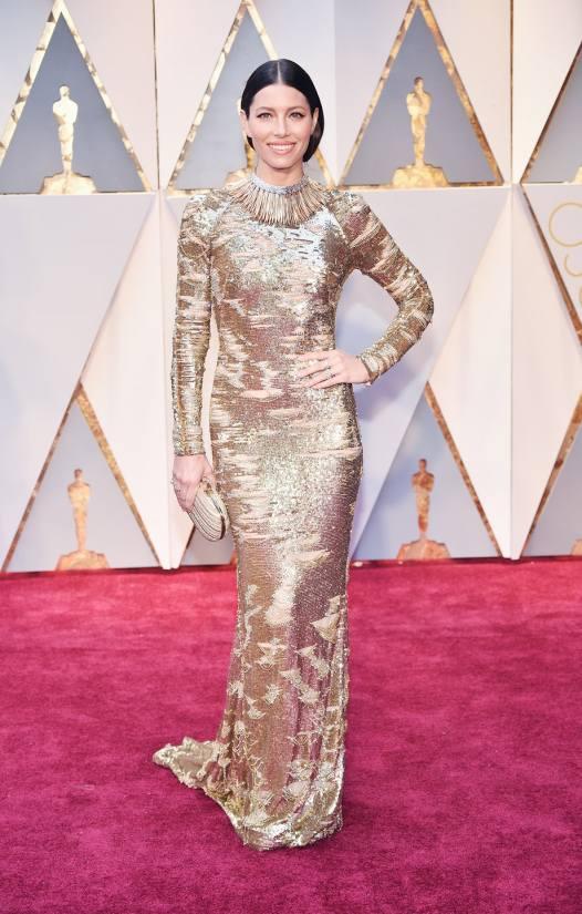 Jessica Biel in a KaufmanFranco dress, Tiffany & Co. jewelry, and Stuart Weitzman shoes