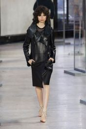 hbz-fw207-trends-leather-09-akris-rf17-0858