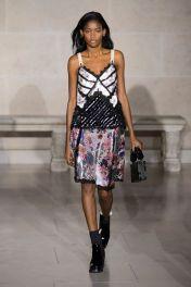 hbz-fw207-trends-lingerie-01-vuitton-rf17-2784