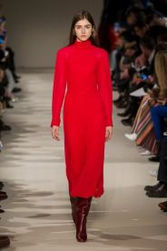 hbz-fw207-trends-red-08-victoria-beckham-rf17-0105
