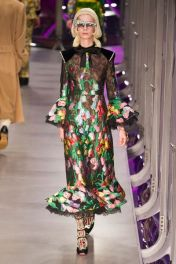 hbz-fw207-trends-winter-florals-01-gucci-rf17-1324